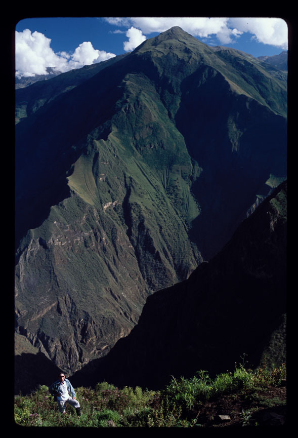 Hugh Thomson above the Cota Coca canyon