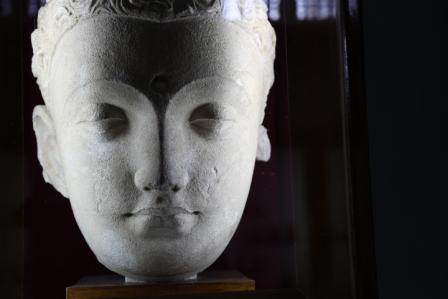 CCCC4951 Buddha head 1 Taxila Museum lo res