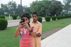 CCCC5583 Pakistani selfie Lahore lors
