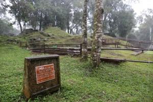 IMG_0312 tomb for Ruiz de Mendoza lo res